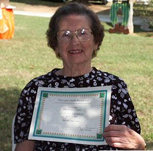 Anita Sanders presents her 80+ Certificate