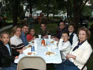 Jordain, Dana, Phillip and Neeley Owens, Jason Gregory, Judson, Pearl and Nick Gregory, grandson and Willie Mae Ashford